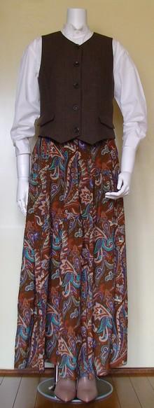 スカートも合います。